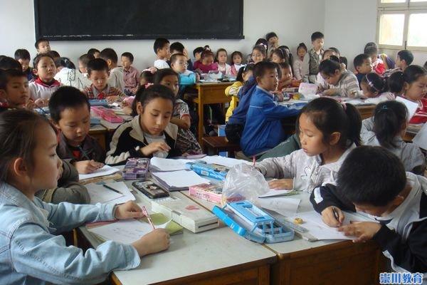 小学生 幼儿园 小学/对于即将毕业的大班小朋友来说,小学生的学习和生活是令人向往...